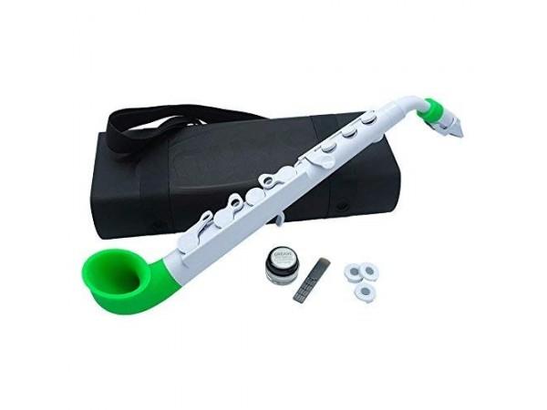 Saxo, N520JWGN, white/green.